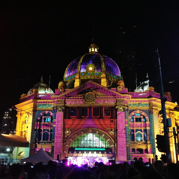 WN Flinders St Station